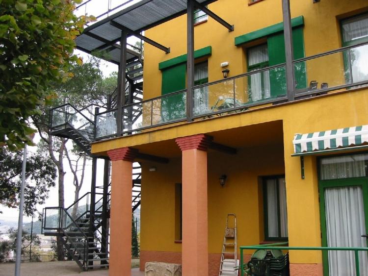 02 064 resid ncia geri trica masia alsina area estudi for Arquitectura geriatrica